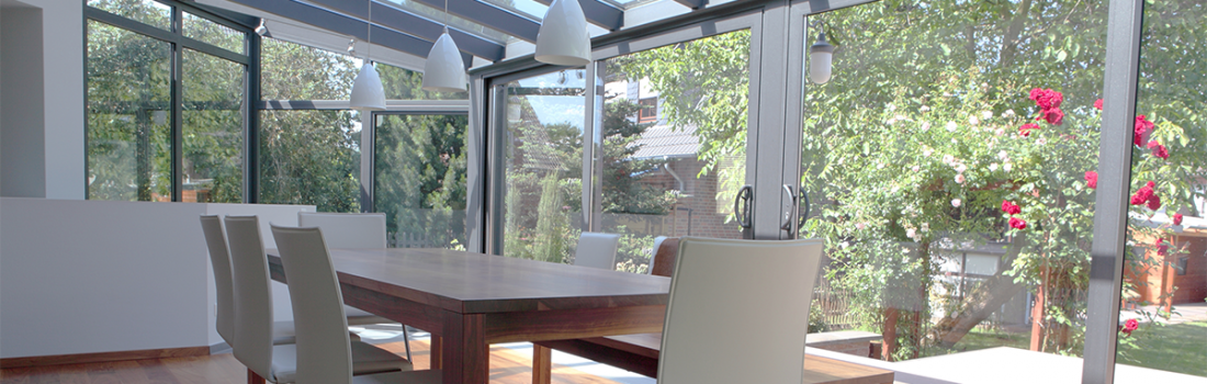 Awesome Chiudere Terrazza Con Vetro Images - Idee Arredamento Casa ...